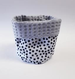 COMMODEMANDJE- Zwart- witte dots met grijze wafel