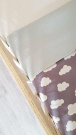 LEDIKANTDEKEN- Wolkjes grijs/wit met wafelstof naar keuze