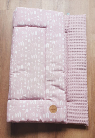 BOXKLEED- Roze wit pijltjes met roze wafelstof