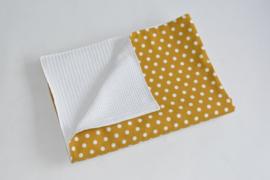 WAGENDEKEN - Okergeel/ witte dots met witte wafelstof