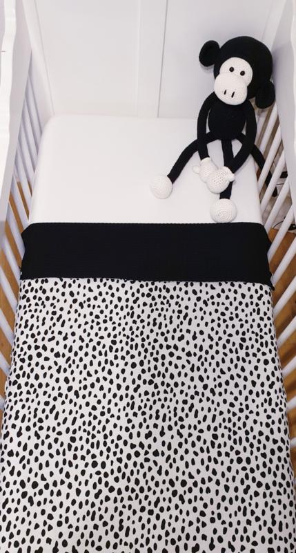 WIEGDEKEN- Zwart/wit Dalmatiër met zwarte wafelstof