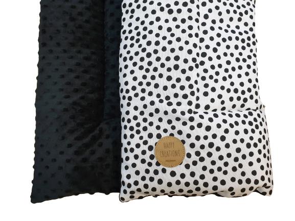 BOXKLEED- Zwart-witte dots met zwarte minky fleece