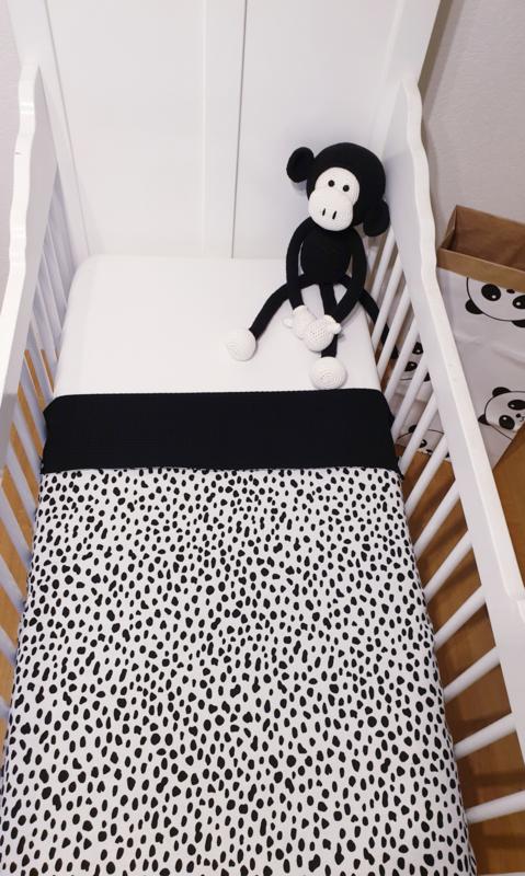 LEDIKANTDEKEN- Zwart/witte spots met zwarte wafelstof