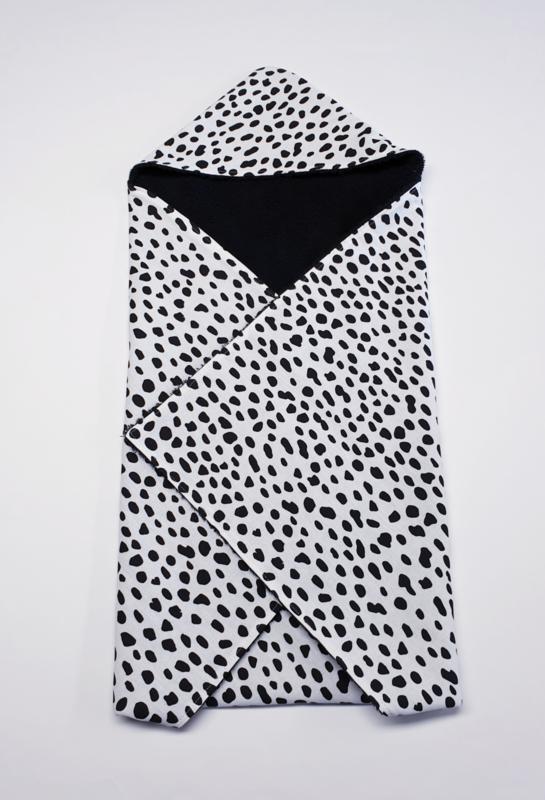 BADCAPE- Zwart/witte spots met zwarte badstof