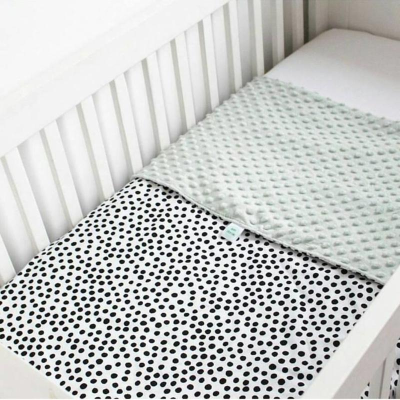LEDIKANTDEKEN - Zwart- wit dots met minky stof naar keuze