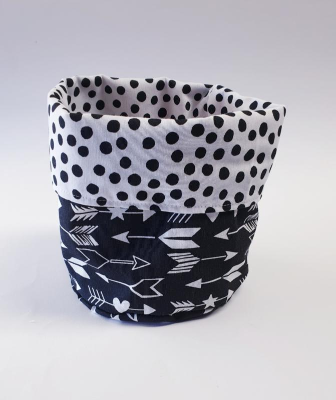 COMMODEMANDJES- Zwart-witte dots met zwart-witte pijltjes