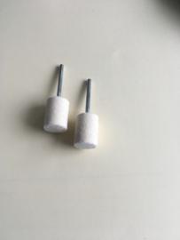 Hardvilt polijst stift  15 mm diameter met een 3 mm stalen schacht per 2 stuks