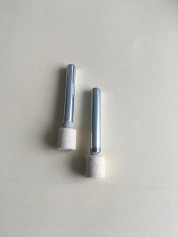 Hardvilt polijst stift  10 mm diameter met een 6 mm stalen schacht per 2 stuks