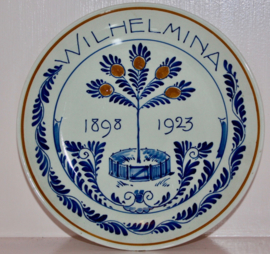 Wandbord Porceleyne Fles 1923 25 jaar Wilhelmina