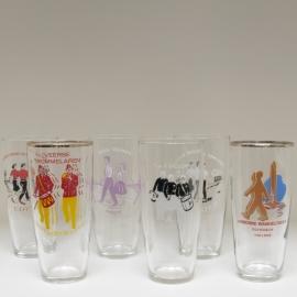 Set van 6 glazen tippelaars en muziekvereniging