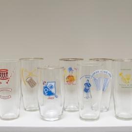 Set van 6 glazen muziekverenigingen
