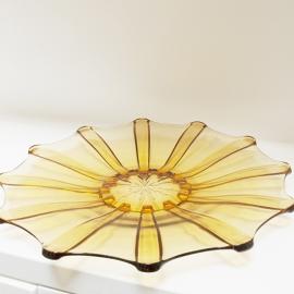 Glazen schaal geel