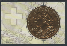 2013. Gouden munt op zegel. Minivelletje**