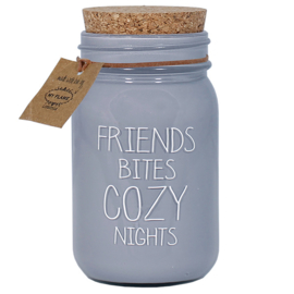 Sojakaars - Friends bites cozy nights