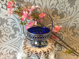 Schaaltje met hengsel en blauw glas