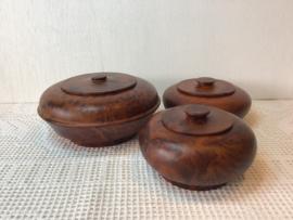 Bijzondere houten potjes