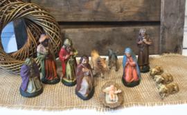 Kerststal figuren Papier maché