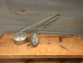 Bakvormpjes met steel voor frituur