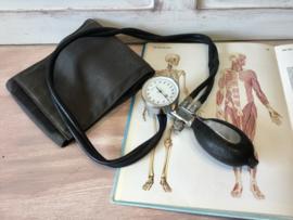 Vintage bloeddrukmeter