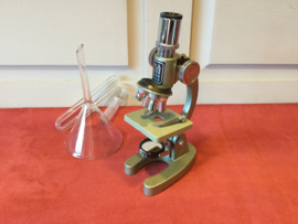 Microscoop Y.K.S.