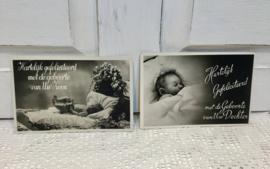 Zwart-wit ansichtkaarten geboorte