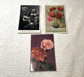 Oude kaarten met bloemen
