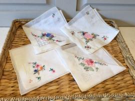 4 linnen zakdoekjes