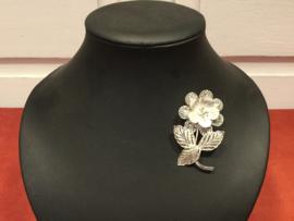 Zilveren filigree broche