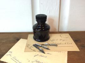 Oud flesje inkt