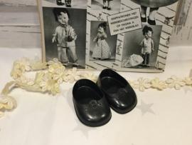 Zwarte poppenschoentjes 5