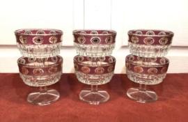 Vintage gekleurde glazen