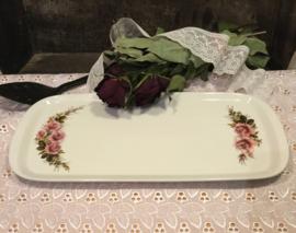 Cakeschaal van porselein