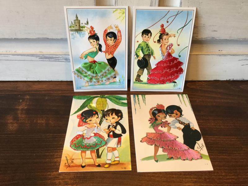 4 geborduurde kaarten