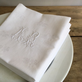 LI20110027 Set of 6 old French napkins of damask with beautiful monogram - A. R - in perfect condition! / Size: 61x61 cm.
