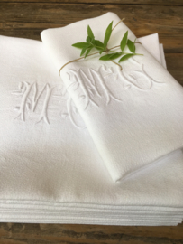 LI20110023 Set of 10 old French napkins of damask with elegant monogram ~ M C ~ in perfect condition! Size: 88 x 72 cm.