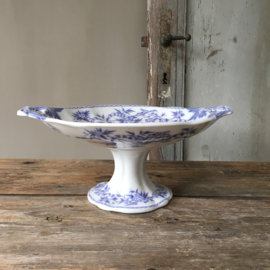 """AW20110541 Beautiful antique serving dish on base in purple / blue floral pattern """"Epine"""" stamp - U & C Sarreguemines - period: late 19th century. In beautiful, lightly buttered condition! Dimensions: 13 cm. high / 30.5 cm. cross section (up to the handle"""