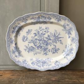 AW20110683 Antieke Engelse serveerschaal wit/blauw stempel - Asiatic Pheasants Hancock -  periode: 1880-1910 in prachtige staat! Afmeting: 39,5 cm. lang / 32 cm. doorsnede.