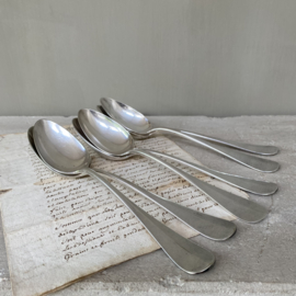 OV20110750 Set of 6 old French silver plated soup spoons with mark in a sober look, one with monogram ... In beautiful condition! Size: 21.5 cm. long / cross section  +/- 4 cm.