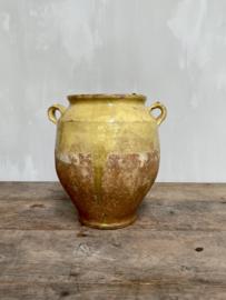AW20110932 Antieke 19de eeuwse Zuid Franse confitpot. Prachtig verweerd en in perfecte staat! Afmeting:  28,5 cm. hoog /  17,5 cm. doorsnede.