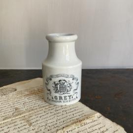 AW20110886 Antieke mosterdpot Grey Poupon stempel - Creil et Montereau Lebeuf Milliet & Co (LM&Co) -  periode: 1876-1895. 2-tal chips onderzijde (zie foto 6&7) verder in mooie staat! Afmeting: 11,5 cm. hoog / 5 cm. doorsnede
