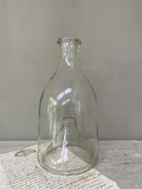 OV20110758 Antieke Franse visfuik van mondgeblazen glas, mist een chip op de rand (zie foto 5), maar verder in prachtige staat! Afmeting: 26,5 cm. hoog / 13,5 cm. doorsnede.