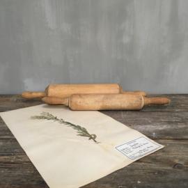OV20110679 Set van 2 verschillende oude Franse deegrollen in prachtige staat! Afmeting: +/-  47 cm. lang
