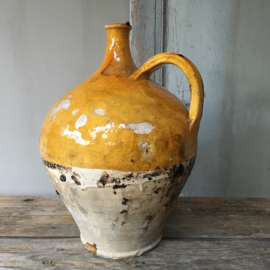 OV20110552 19th century French olive oil jug in beautiful condition! Size: +/- 39 cm. high / +/- 26 cm. cross-section.