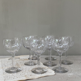 OV20110182 Set of 8 old French liqueur glasses with engraved dot motif, period: 1920s. In perfect condition! Size: 10.5 cm. high / 5.5 cm. cross section.