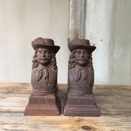 OV20110511 Set of old French firewood holders - Musketeers - in beautifully weathered condition! Dimensions: 23.5 cm. high / 33 cm. long. Pickup only.