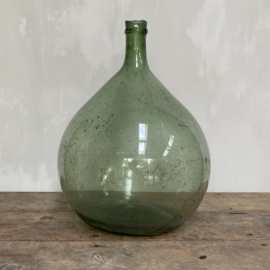 OV20110747 Old French mouth-blown wine bottle in beautiful condition! Size: 50 cm. high / 40 cm. cross section. Pickup only.