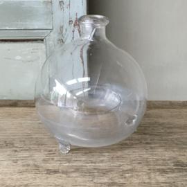 OV20110571 Antieke Franse mondgeblazen wespenvanger in prachtige staat! Afmeting: +/- 20 cm. hoog / +/- 15 cm. doorsnede.