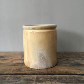 AW20110473 Oude Franse confiturepot gemerkt - NV - in warm geel en  in  mooie staat! / Afmeting: 12 cm. hoog / 11 cm. doorsnede.