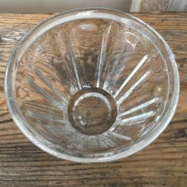OV20110491 Oude Franse mondgeblazen confiturepot in perfecte staat! Afmeting: 7,5 cm. hoog / +/-  11 cm. doorsnede