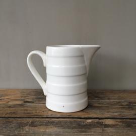 """AW20110142 Oude Belgische melkkan inhoud: 800 ml met stempel """"Boch""""  afmeting: 15 cm hoog / doorsnede: 9,5 cm. In perfecte staat"""